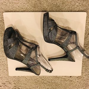 Adrianna papell alanys sandals